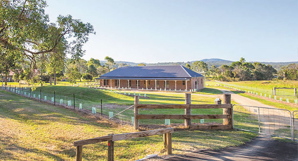 Father & son owner built a steel framed Paal kit home at Moruya