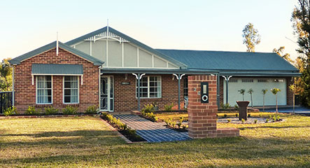PAAL Kit Homes' the Fitzroy owner built at Yellow Rock in The Blue Mountains NSW.