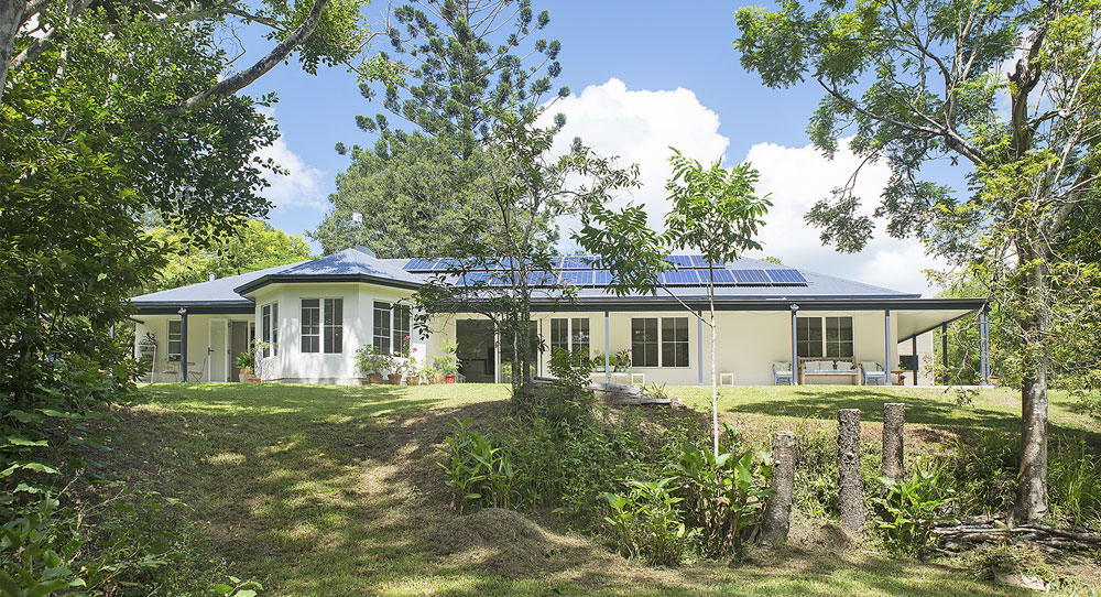 Paal Kit Home Design Adapted To Rainforest Setting In Kin Kin QLD