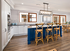 Open colonial style kit home kitchen