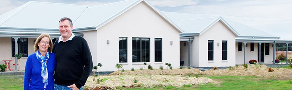 Lynne Helyar and Greg Sheens chose a Paal steel frame kit home because they liked the country homestead designs. PAAL Kit Homes Australia, NSW, VIC, QLD.