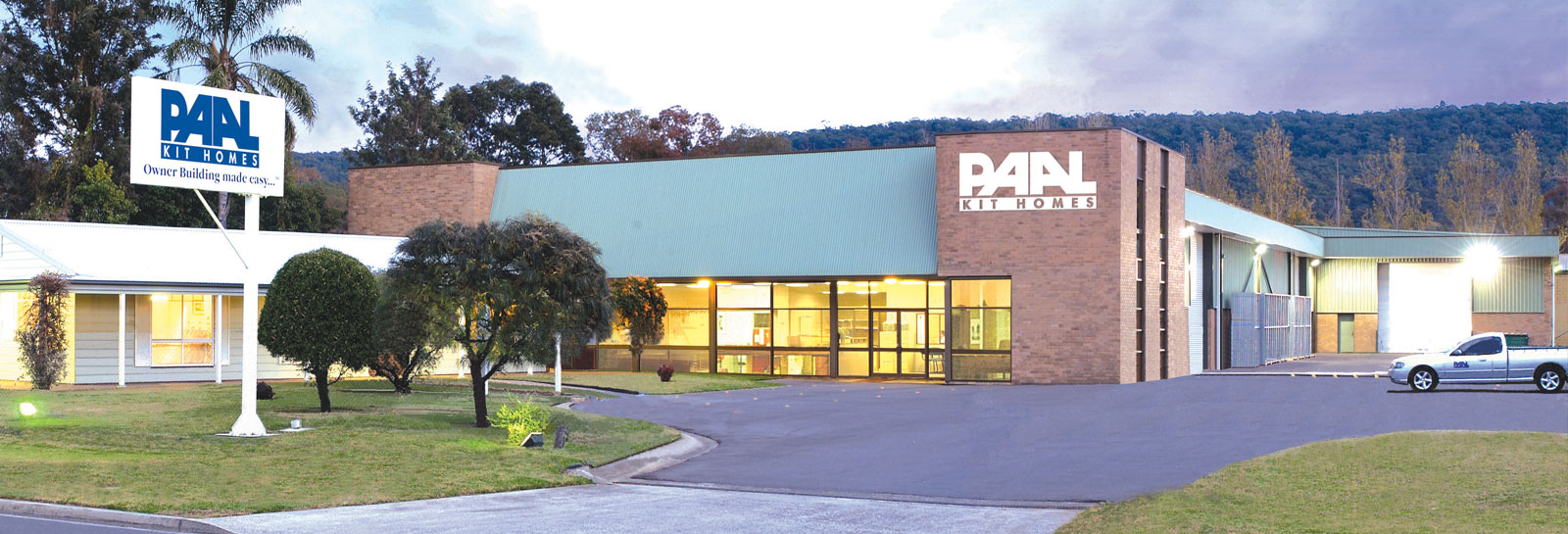 PAAL kit homes, Australia's leading manufacturer of steel framed kit homes, specifically designed for the owner builder and owner manager. PAAL Australia NSW, VIC, QLD.