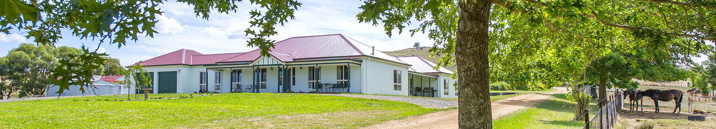 Paal Kit Homes helped replicate traditional farmhouse charm and style with the convenience of modern fittings. PAAL Kit Homes NSW VIC QLD