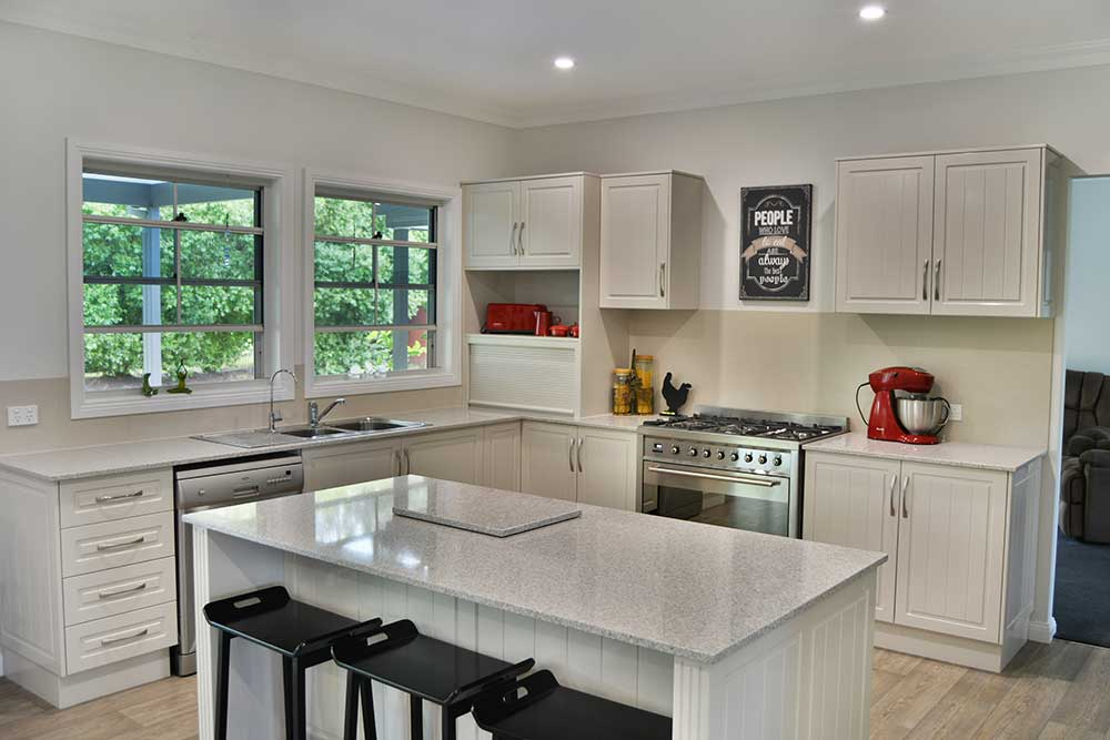 One of the reasons the house sold so quickly is because of the stella 5 star kitchen which was planned out perfectly from day one of the planning process. This is all due to the excellent flexibility provided by the PAAL Egg System.