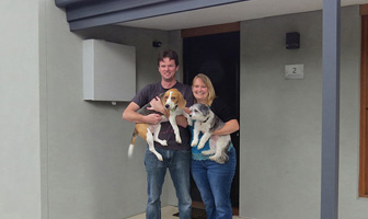 Brad and Lisa chose a Paal steel frame kit home because it was the best house for owner builders and they could do most the work themselves. PAAL Kit Homes NSW QLD VIC.